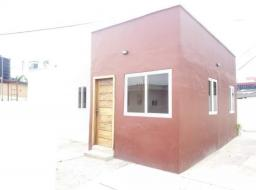 2 bedroom house for rent at South la estates near Osu