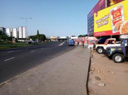 land for sale at Accra ( 1Plot on the main circle roadside)