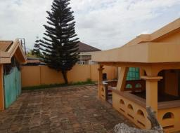 5 bedroom house for sale at Haatso