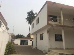 10 bedroom house for rent at Labone