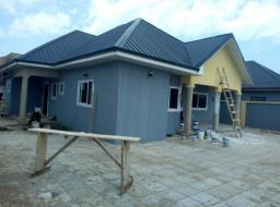 3 bedroom house for rent at Tema community25 annex in adom estate