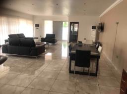 5 bedroom house for rent at Community 5, Tema